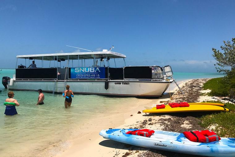 boat branding miami graphics advertising vinyl wraps